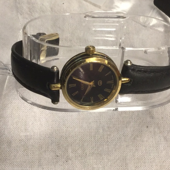 5692c2d920eec Women's Petite Gucci Watch Swiss Made Leather Band